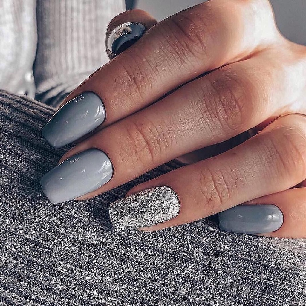 Why Is Gray Gel Polish Called to Be the Color of Modern Girls